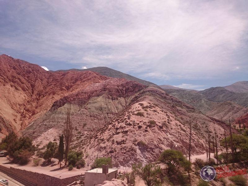 Cerro de los siete colores desde ciudad