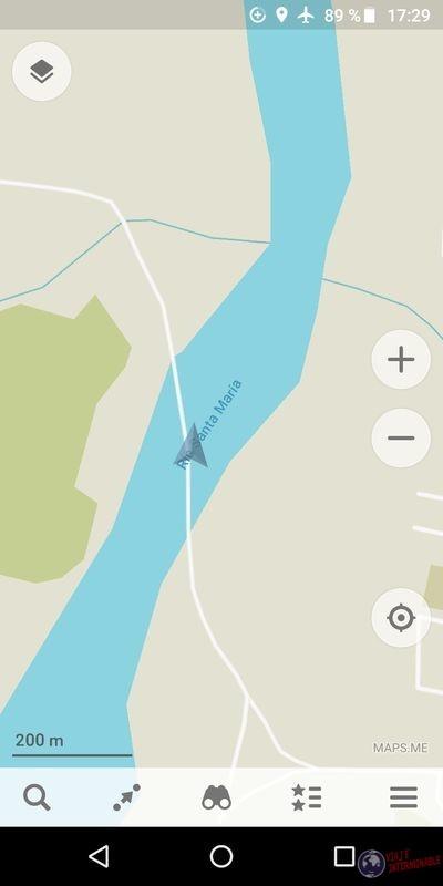 Mapa en medio del rio