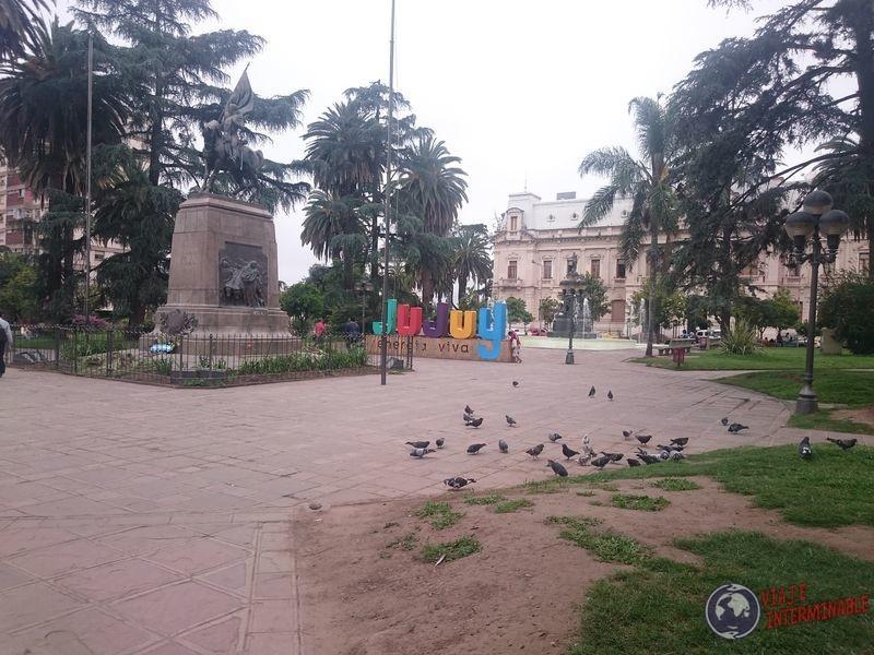 Plaza en centro de Jujuy
