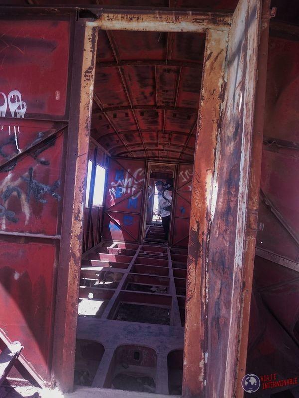 Vagon de cementerio de trenes Uyuni