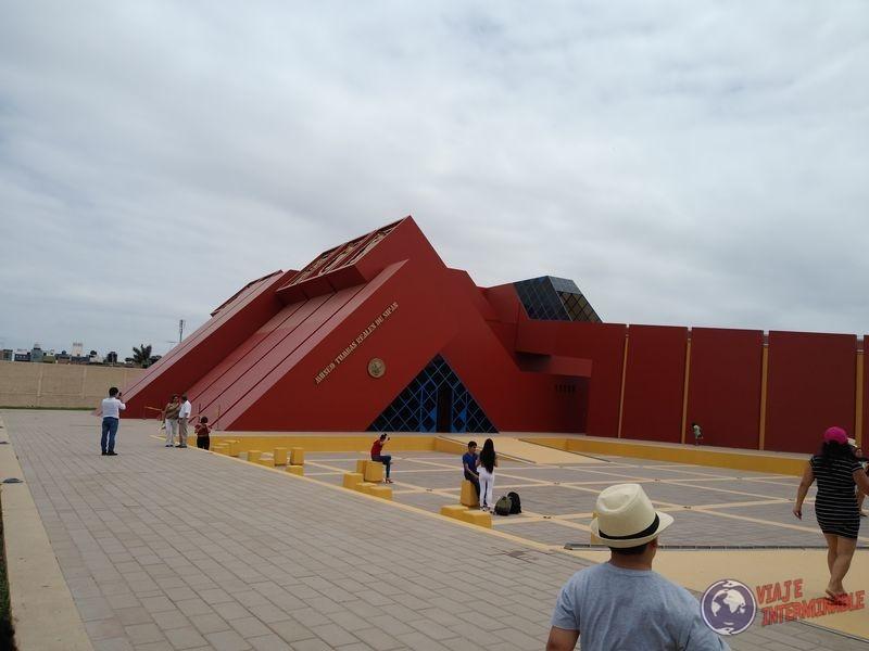 Museo señor de sipan afuera