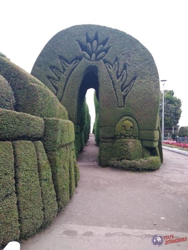 Arco en Cementerio de Tulcan Ecuador