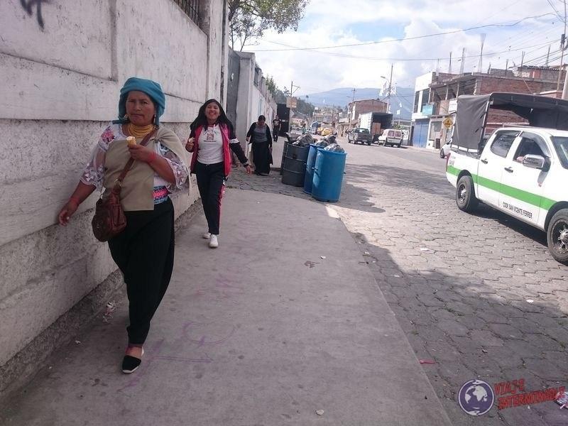 Calles de Otavalo Ecuador 3