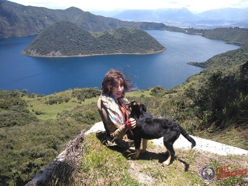 Joy y Firulai laguna Cuicocha Ecuador