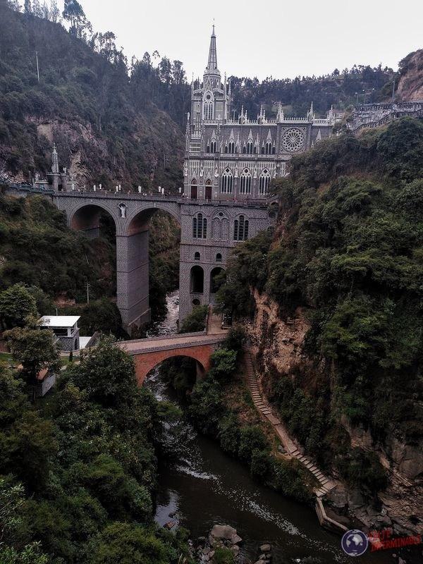 Partes bajas Santuario de Lajas Colombia