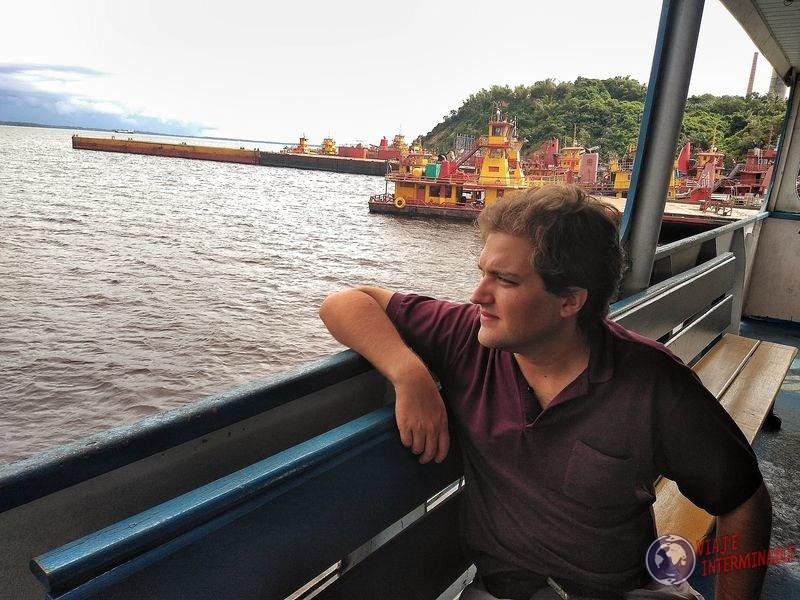 Balsa del encuentro de las aguas manaos brasil