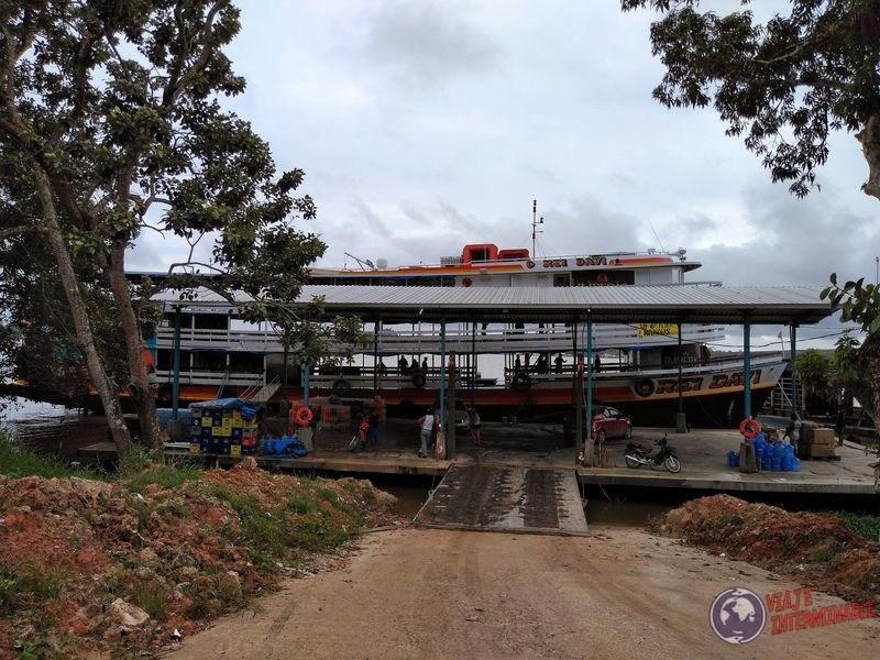 Barco de carga Rei Davi Tabatinga Brasil