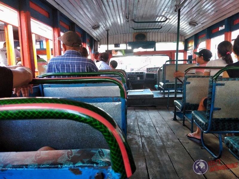 Bus Iquitos Peru