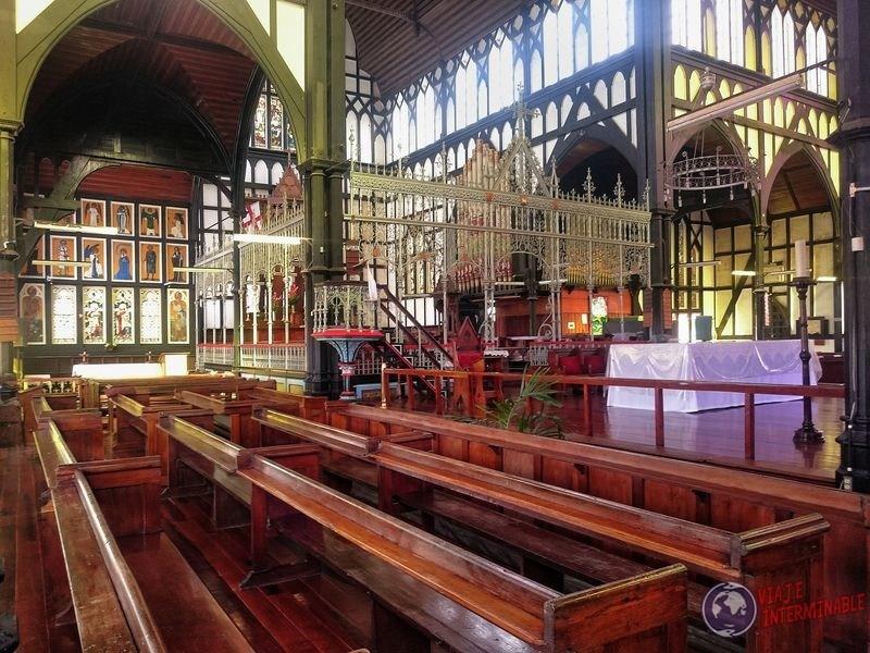 Iglesia Saint George altar Georgetown Guyana