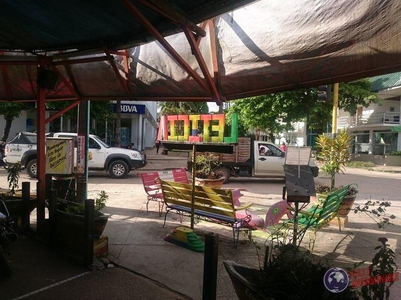 Leticia Colombia calle