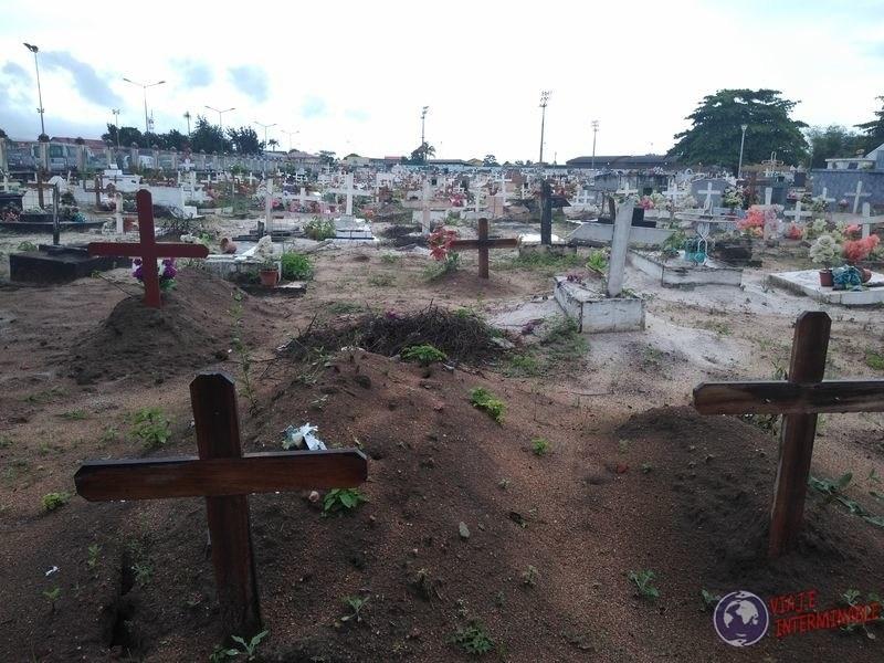 Cementerio Saint Laurent du Maroni Guayana Francesa