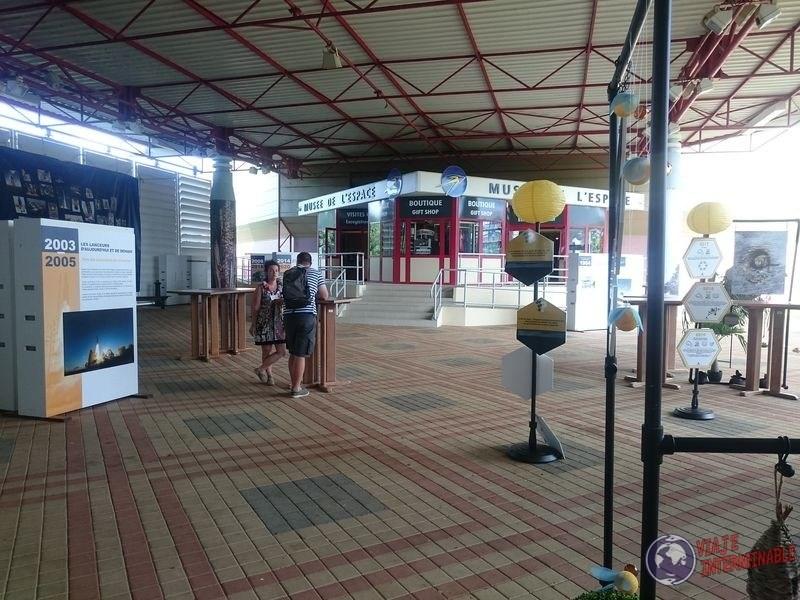 Frente del museo Centro Espacial Kourou Guayana Francesa