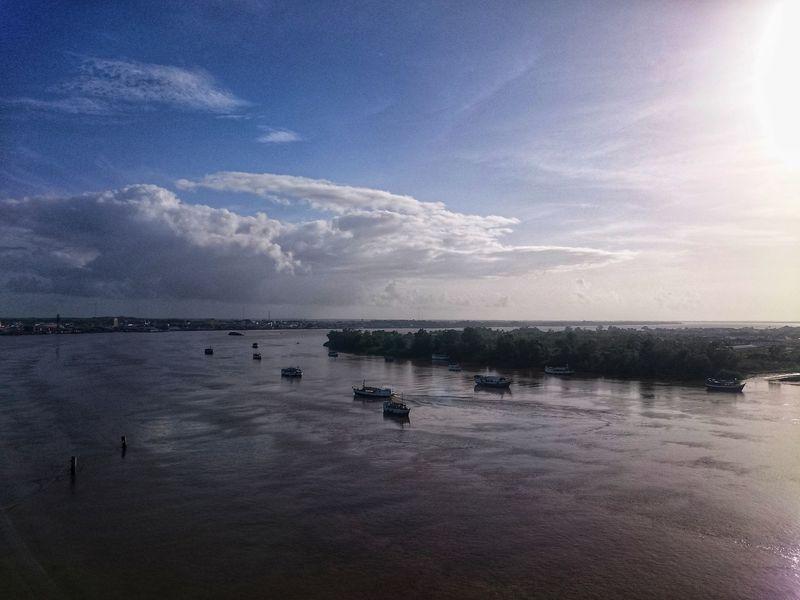 Muelle al final del pueblo te Paramaribo Surinam