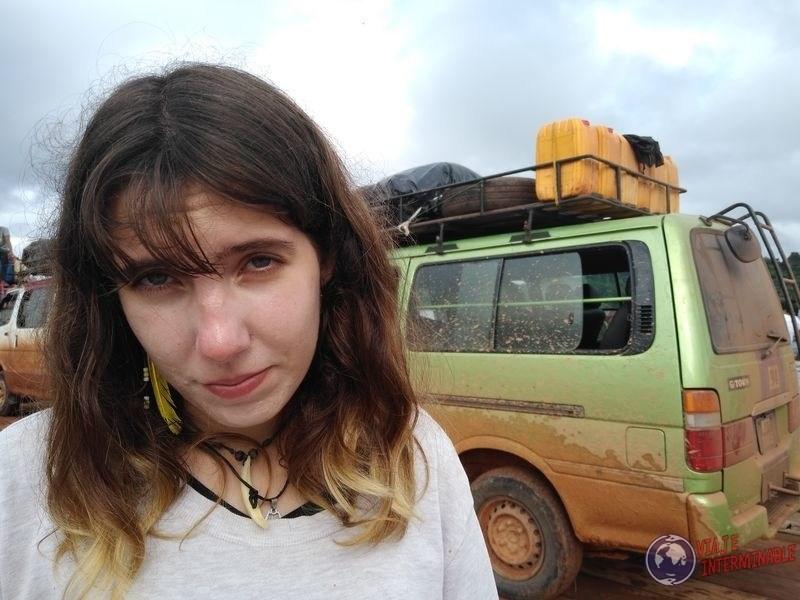 Bus parado en Guyana rumbo a Lethem