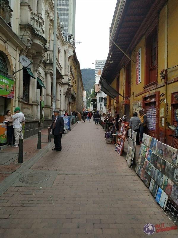 Calle bohemia libros y discos Bogota Colombia