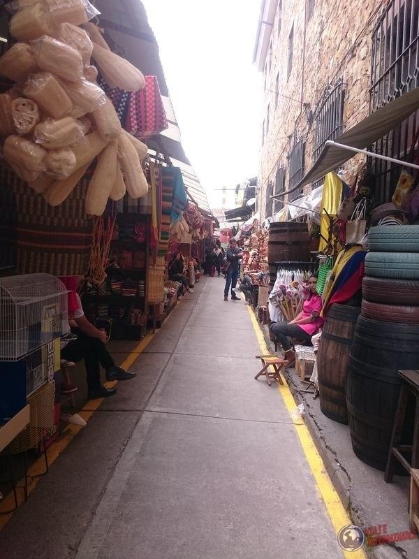 Callejones de tiendas bogota colombia