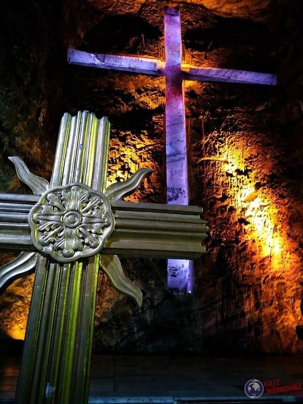 Catedral de sal Zipaquira Colombia duo de cruces