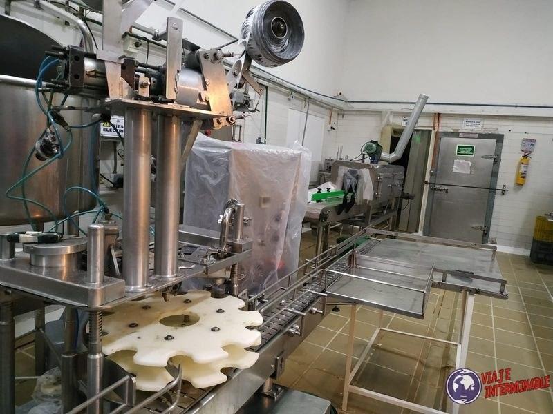 Fabrica de leche Cota Colombia