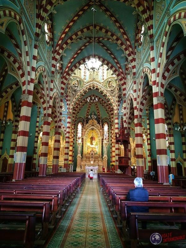 Iglesia Nuestra Señora del Carmen en Bogotá Colombia