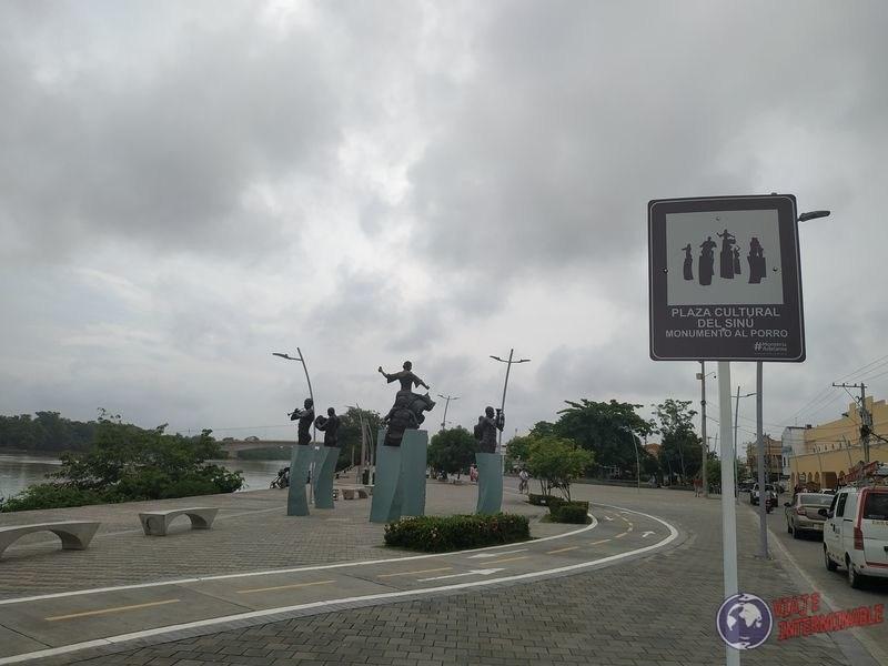 Monumento al Porro Monteria Colombia