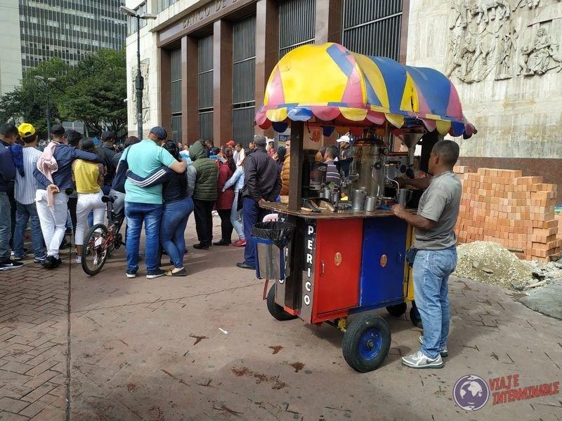 Puesto callejero de cafe bogota colombia
