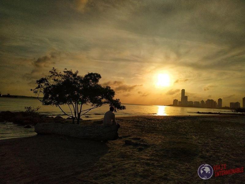 Atardecer playa Cartagena colombia