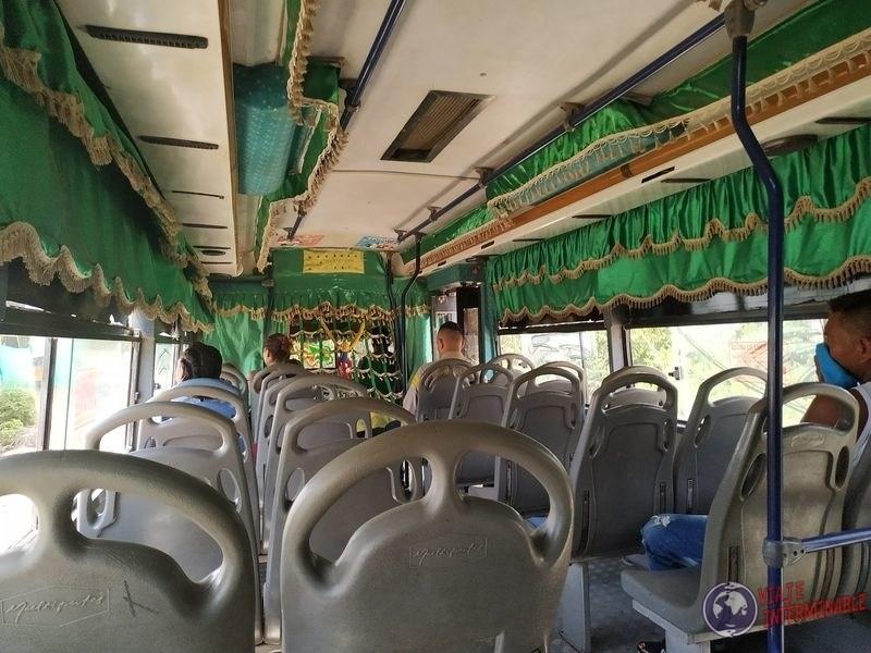 Bus vacio Cartagena Colombia