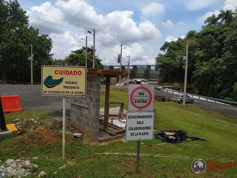 Cocodrilos Cartel Señal Canal de Panama