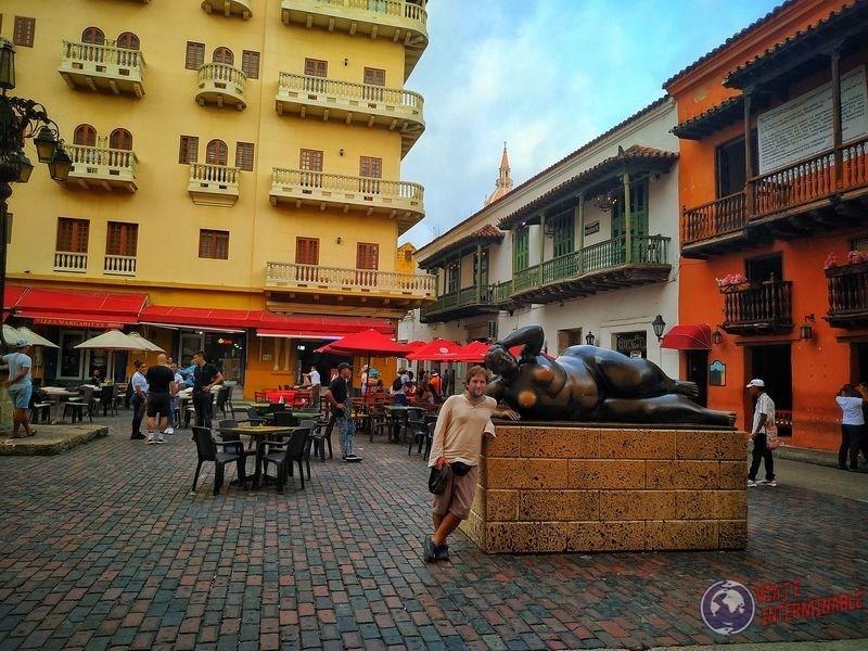 Plaza de Cartagena Gertrudis Botero Colombia