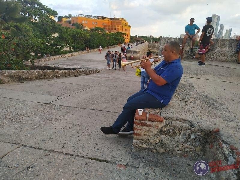 Saxofonista en fortaleza Cartagena Colombia
