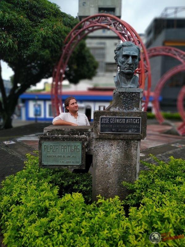 Estatua Artigas San José costa rica