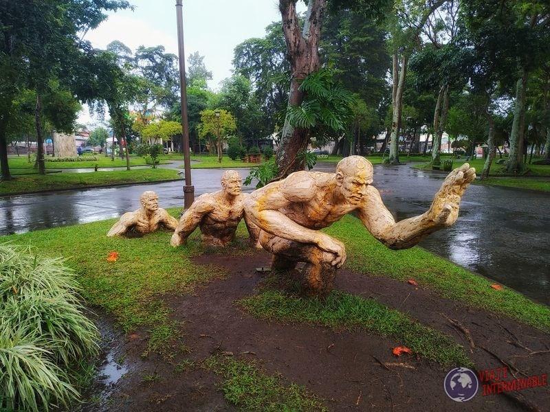 Estatua plaza San José costa rica