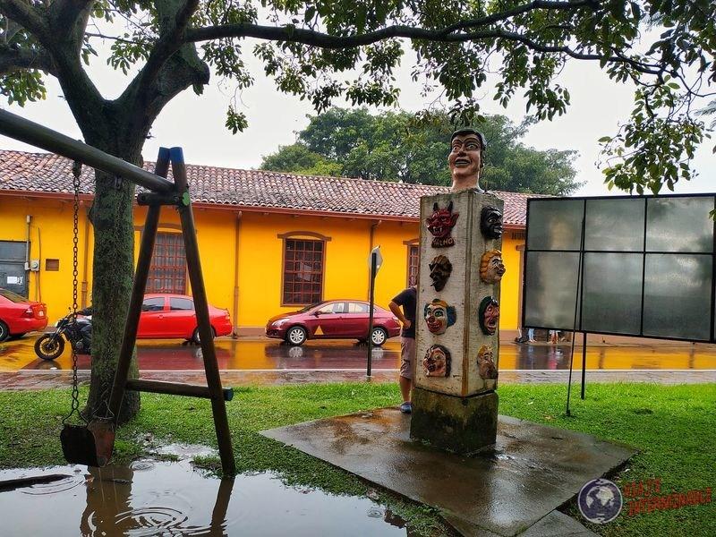 Plaza barvas mascaras Costa Rica