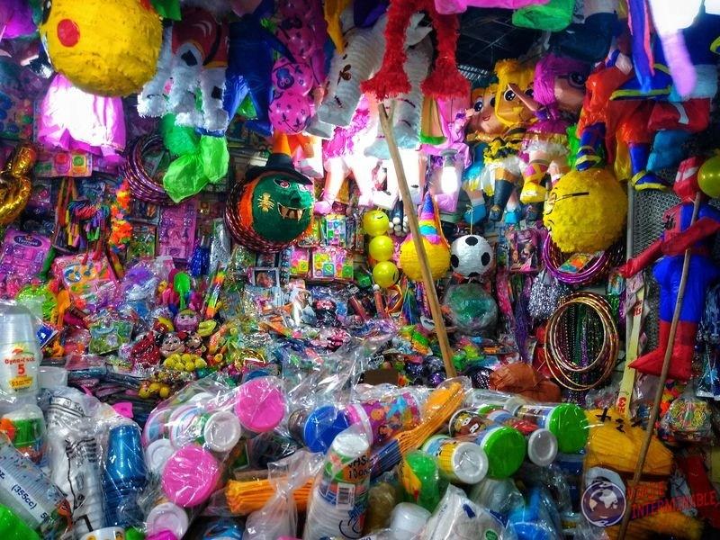 Cosas de cotillón piñatas feria managua