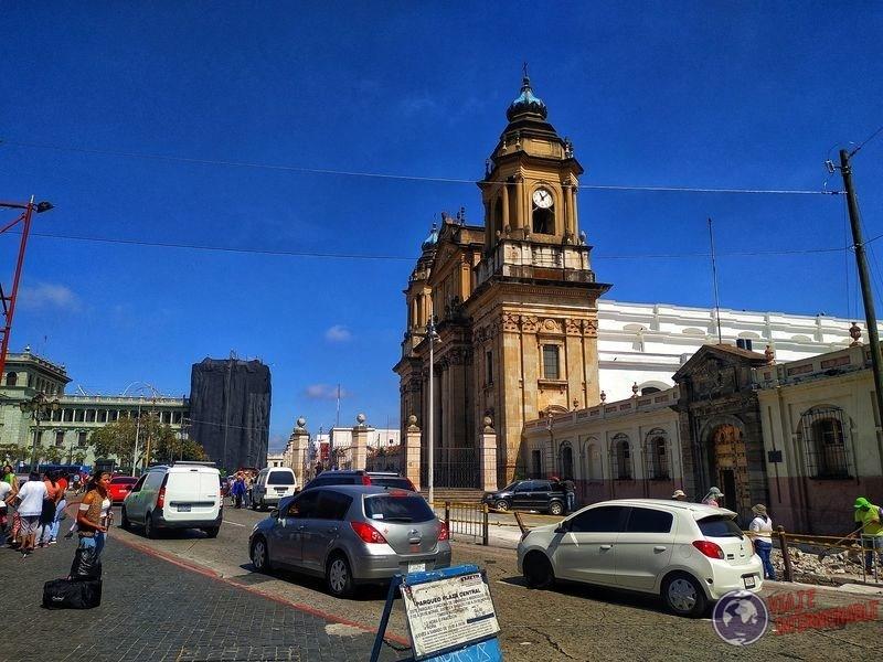 Catedral Torre reloj Ciudadana Guatemala