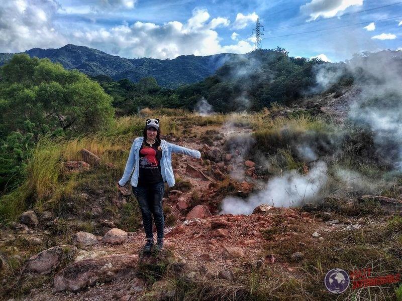 Humo azufre lado correcto El Salvador