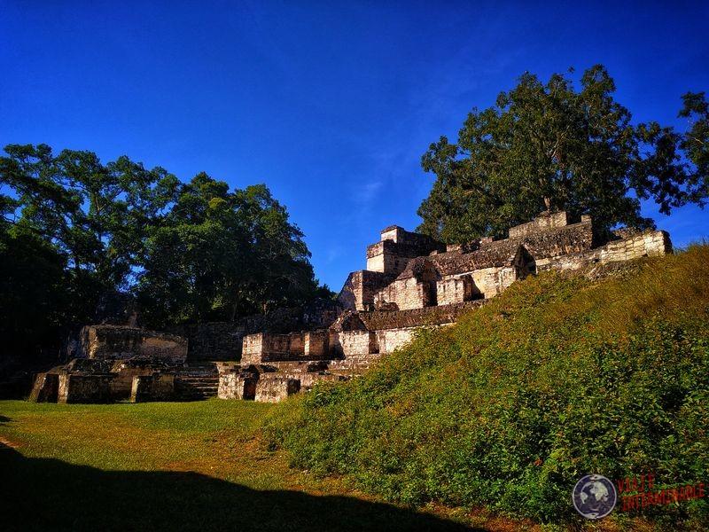 Ruinas en Tikal