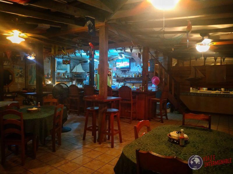 Belice Interior restaurante Lost Reef Resort Riversdale Belize