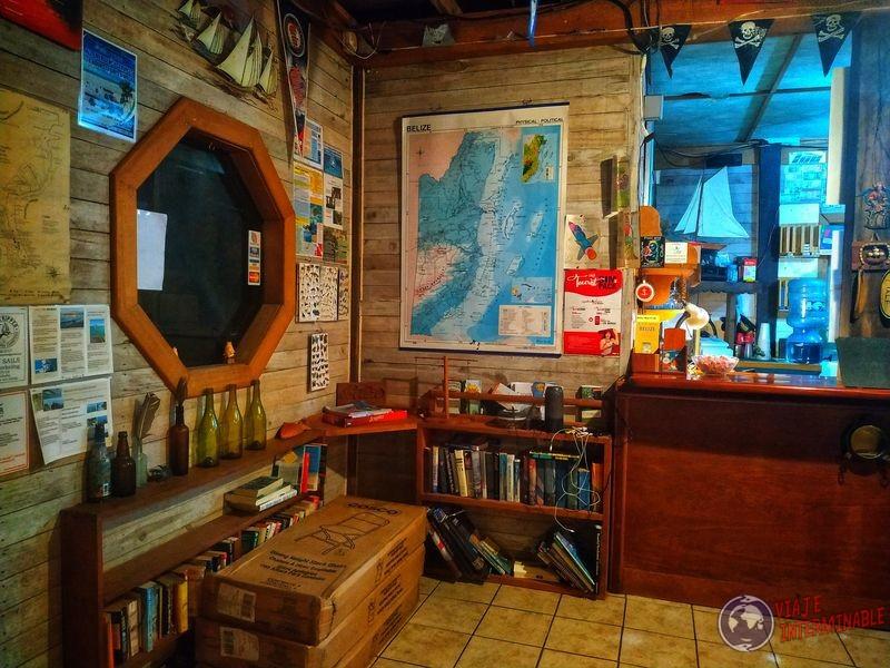 Belice Rincón libros Lost Reef Resort Riversdale Belize