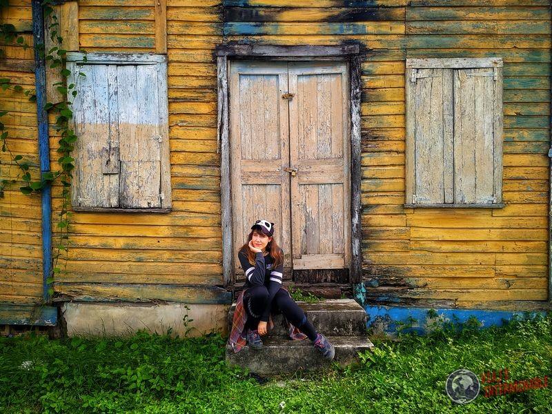 Posando en casa vieja Corozal Belize