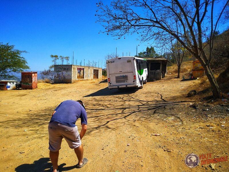Parada bus baja hasta Oaxaca Mexico