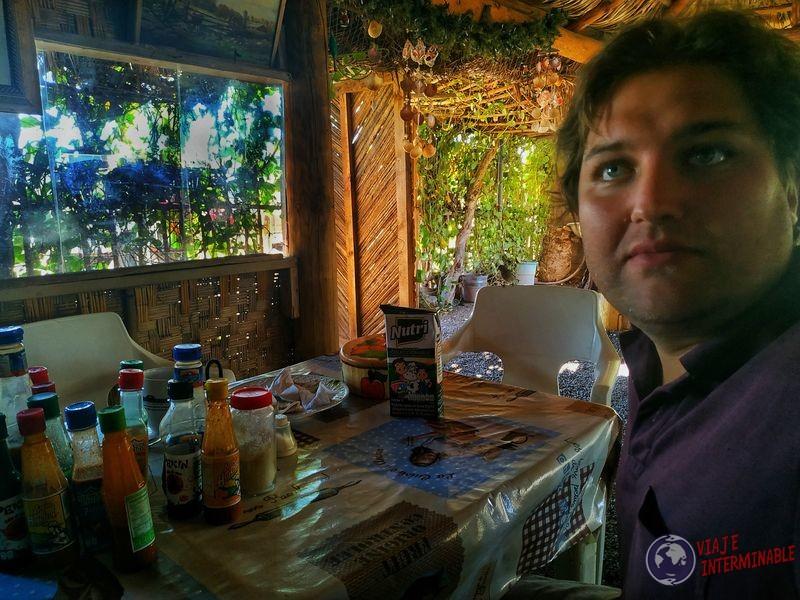 Comiendo señor de Rosalia Baja California Mexico