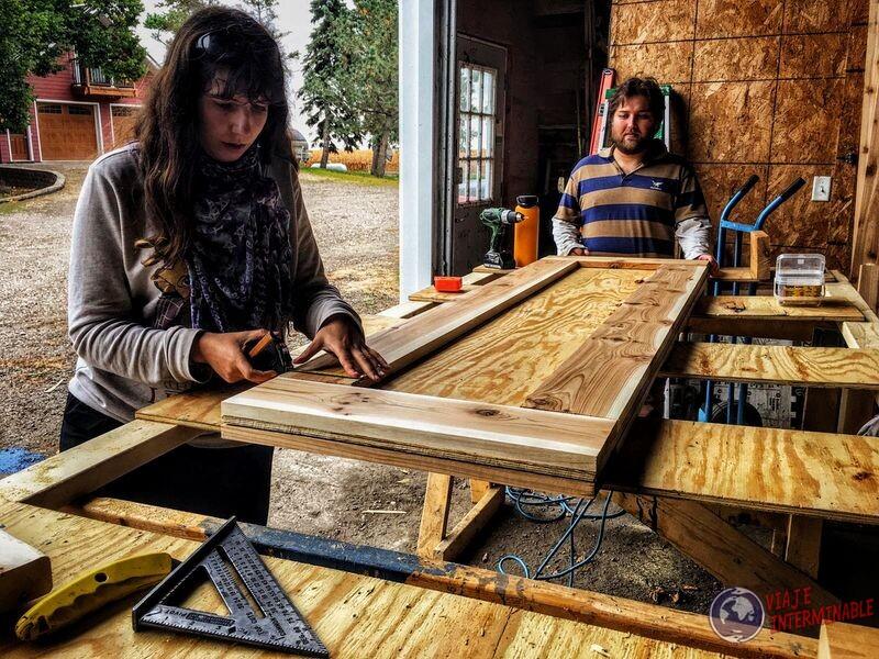 Ayudando construir sauna Minnesota USA EEUU