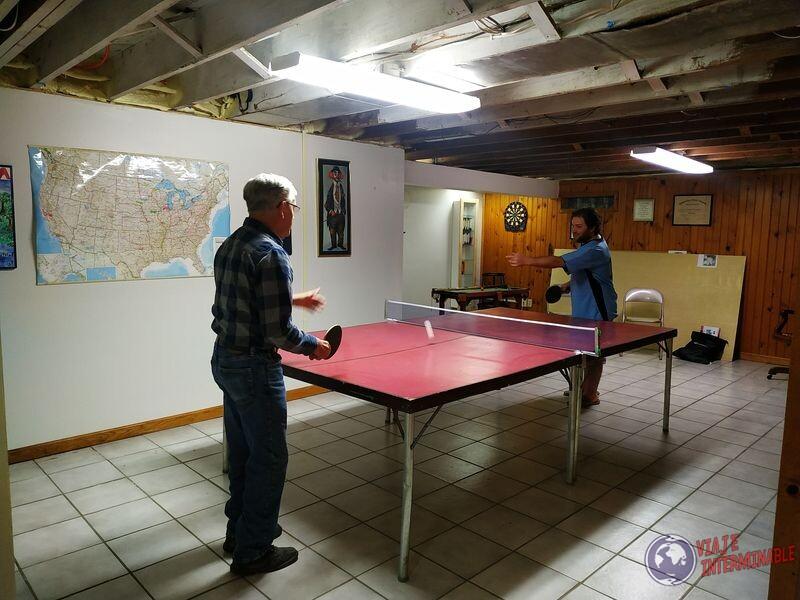 Ping Pong en sotano Montevideo Minnesota EEUU